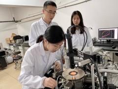 湖南大学展示纳米尺寸垂直晶体管原型器件
